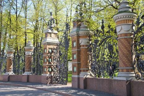 cfe83b1f4197c Арт-субботник в Михайловском саду